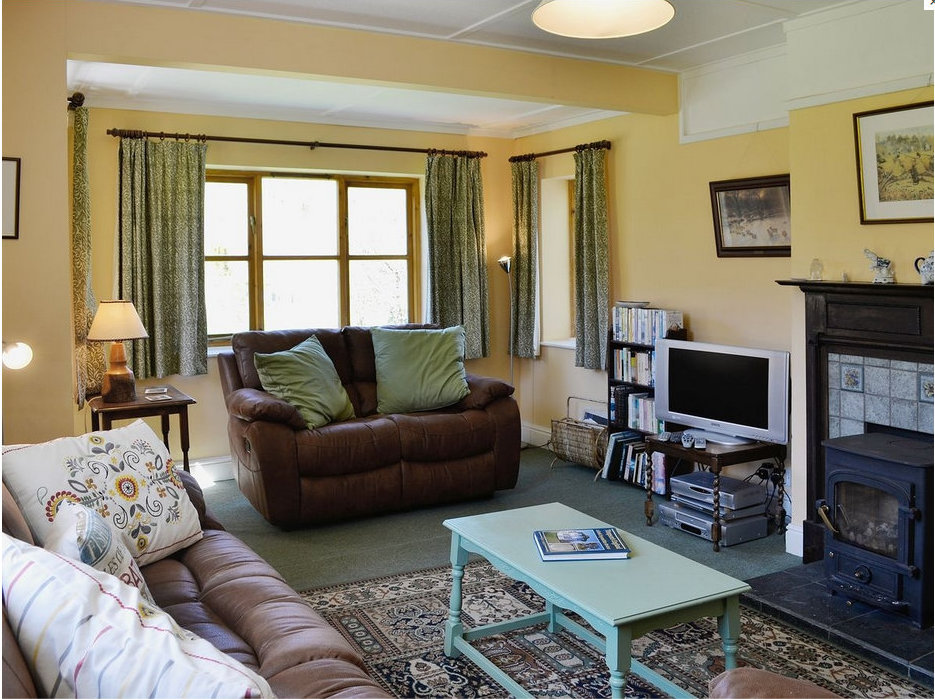 Exmoor-Holiday-Cottage-Lounge