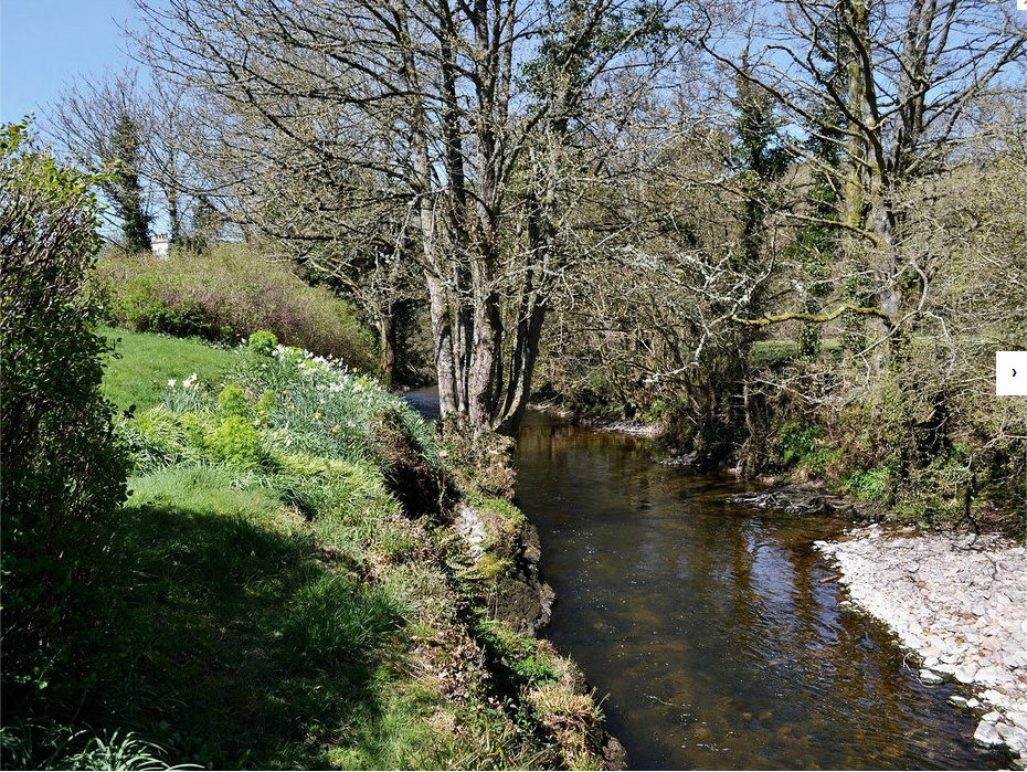 Exmoor Holiday Cottage Garden & River